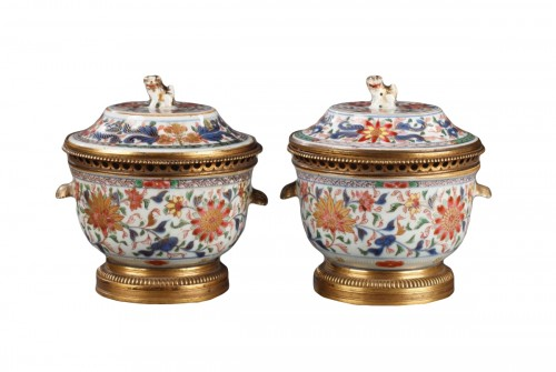 Chinese porcelain terrines with european ormolu Qianlong 1736 - 1795
