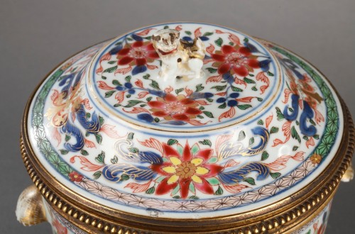 Porcelain & Faience  - Chinese porcelain terrines with european ormolu Qianlong 1736 - 1795