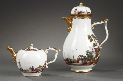 18th century - Meissen tea and coffee service (25 pieces) decorated with harbour scenes