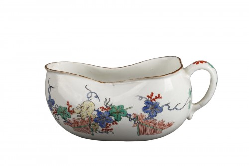 Chantilly porcelain Bourdalou, Kakiemon pattern circa 1735 - 1740
