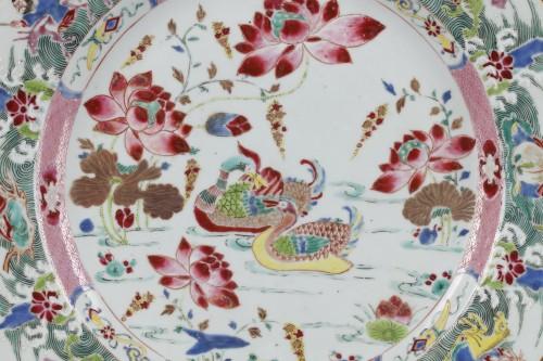 18th century - China - Large Famille Rose dish Yongzheng 1723 - 1735
