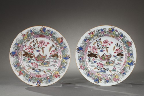 CHINA : Two Famille Rose plates Yongzheng 1723 - 1735 - Porcelain & Faience Style