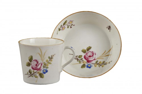 Chantilly Soft paste porcelain cup and saucer 18th century