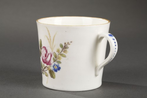 Chantilly Soft paste porcelain cup and saucer 18th century -