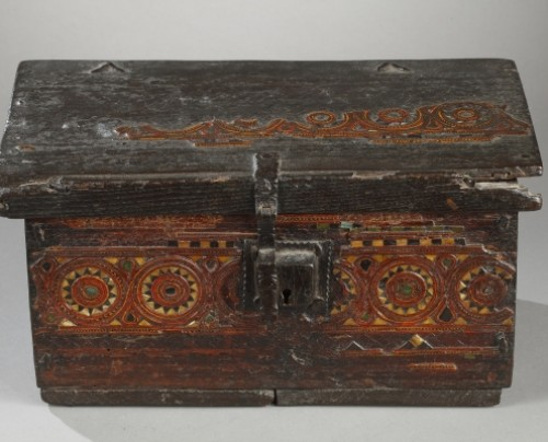 Curiosities  - AL-ANDALUS – ESPAGNE : Very rare wooden box. 15th century.