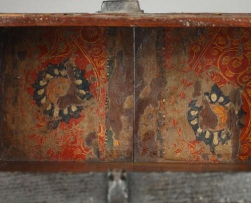 Antiquités - AL-ANDALUS – ESPAGNE : Very rare wooden box. 15th century.