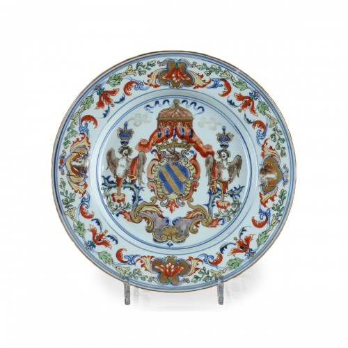 China, Kangxi, Export armorial plate. Circa 1720