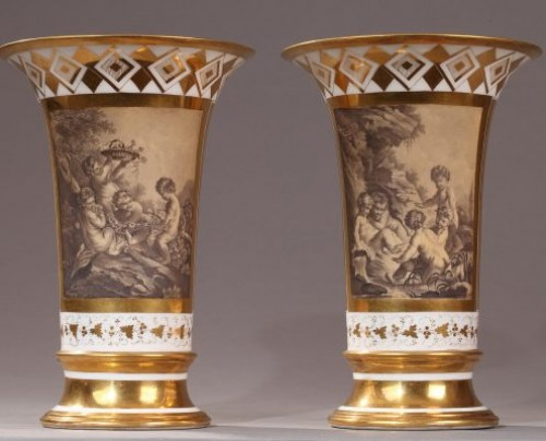 PARIS : Houzel manufacture. Paire of vases End of 18th century - Porcelain & Faience Style