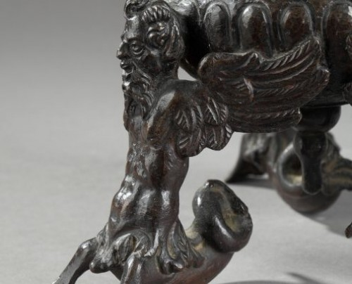 Objects of Vertu  -  Tripod inkwell in bronze, Venice or Padua late 16th century