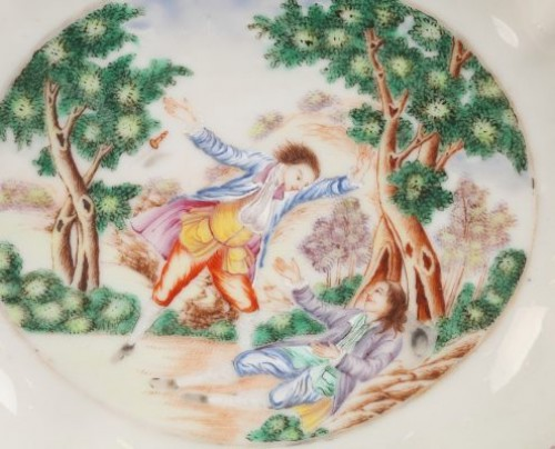 China Small dish depicting Sir George Brander murder. Circa 1785 - Porcelain & Faience Style