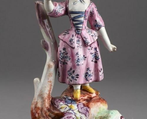 Antiquités - SCEAUX ou OLIVIER, PARIS : Pair of Faïence Fine figures 18th century