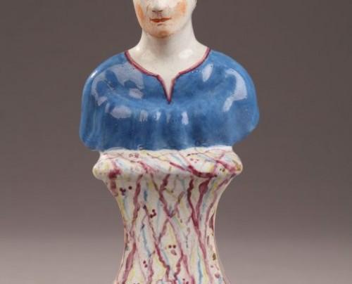 Faïence figure, Hoechst Germany  18th century - Porcelain & Faience Style
