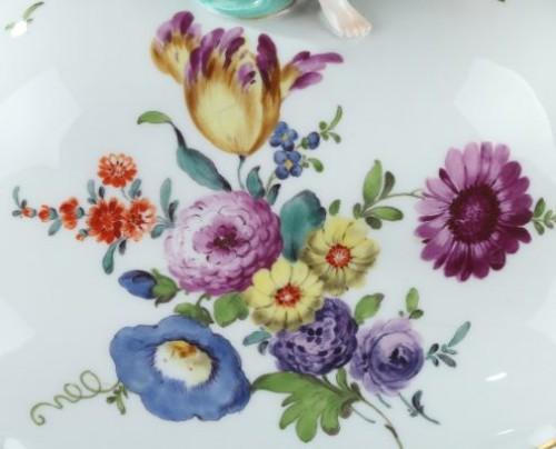 Porcelain & Faience  - MEISSEN : Porcelain terrine and cover 18th century