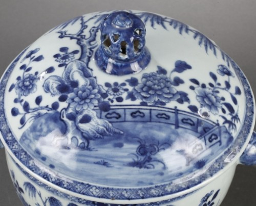 China Exportware pair of terrines Qianlong period 1736 - 1795 -