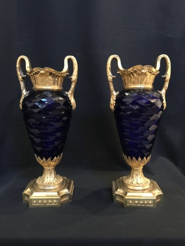 18th century - Pair of Louis XVI vases in royal blue glass of Creusot