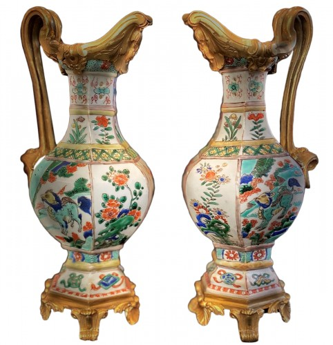 Pair of Chinese porcelain ewers