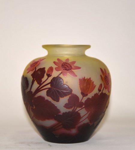 """""""Red flower"""" vase - GALLÉ -"""