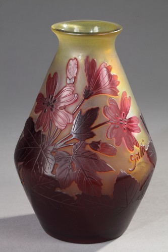 Red flowers Vase - GALLÉ - Glass & Crystal Style Art nouveau