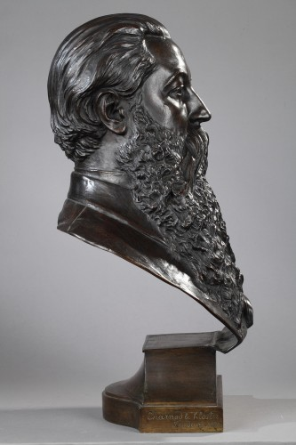 Sculpture  - Portrait of a Gentleman- Marceli GUYSKI (1830-1893)
