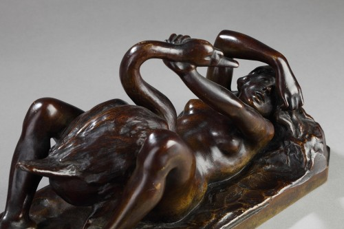 Leda And The Swan - Anonymous (19th Century) - Sculpture Style