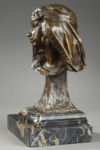 Bust of a Girl from Bou-Saada - Louis-Ernest BARRIAS (1841-1905) - Sculpture Style