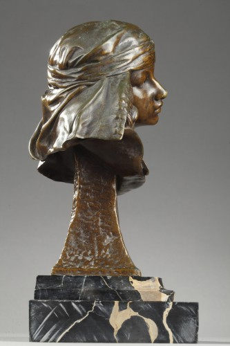 Bust of a Girl from Bou-Saada - Louis-Ernest BARRIAS (1841-1905) -