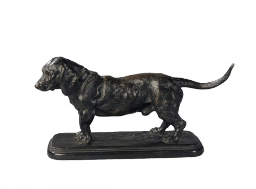 Basset hound standing - Antoine-Louis BARYE (1796-1875)