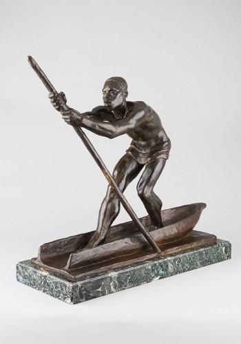 African Man on a dugout Canoe - Arthur DUPAGNE (1895-1961) - Sculpture Style Art Déco