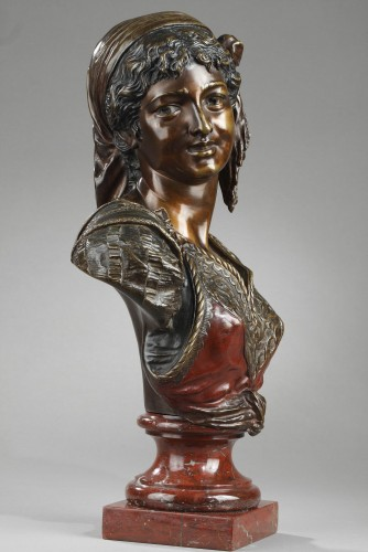 Sculpture  - Bust of an Oriental Woman - Emile GUILLEMIN (1841-1907)