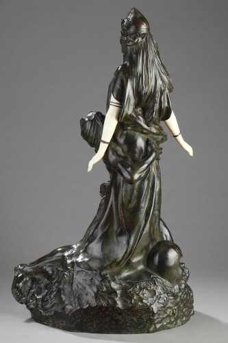 Sculpture  - Salammbo at Matho, I love you ! I love you - Théodore RIVIERE (1857-1912)