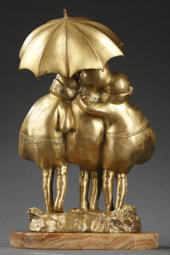 20th century - Girls with an umbrella - Demetre Chiparus (1886-1947)