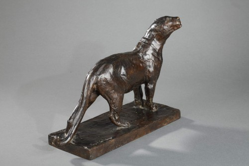 Lioness sniffing - Roger GODCHAUX (1878-1958) - Art Déco