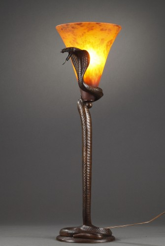 Lighting  - Cobra Lamp - Edgar BRANDT  (1880-1960) and DAUM