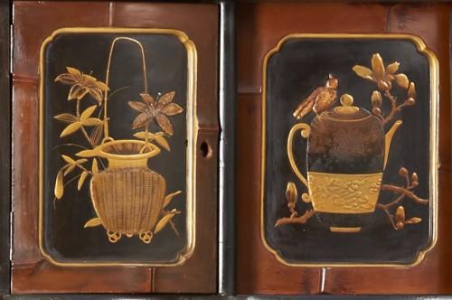 19th century - 19th Century Japanese Shibayama Cabinet