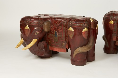 Pair of elephants lacquered stools - Asian Art & Antiques Style