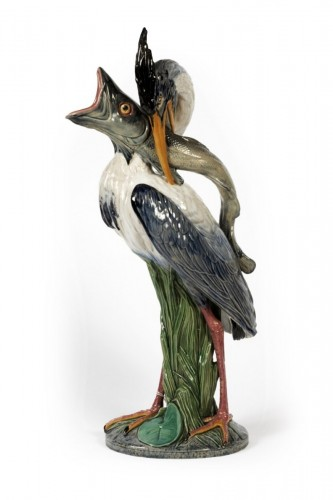 Minton, Stoke-on-Trent - Pitcher representing a stork holding a pike fish