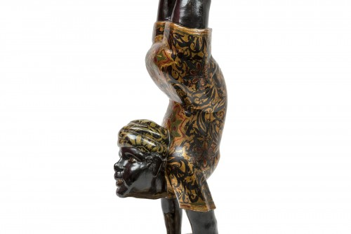 A Polychrome Venitian Stand representing a Nubian Acrobat - Decorative Objects Style
