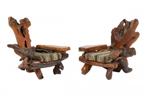 Pair of wooden armchairs - Northern Europe