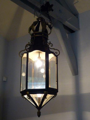 grande lanterne couronn e en fer forg patin et dor xxe si cle. Black Bedroom Furniture Sets. Home Design Ideas