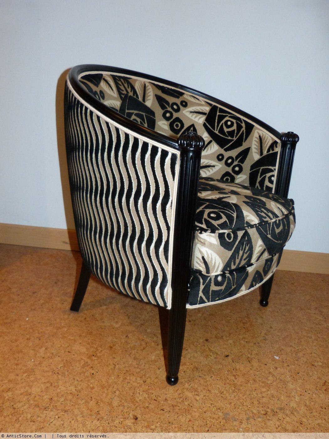paire de fauteuils quot tonneau quot d 233 co laqu 233 s noir xxe si 232 cle n 33915