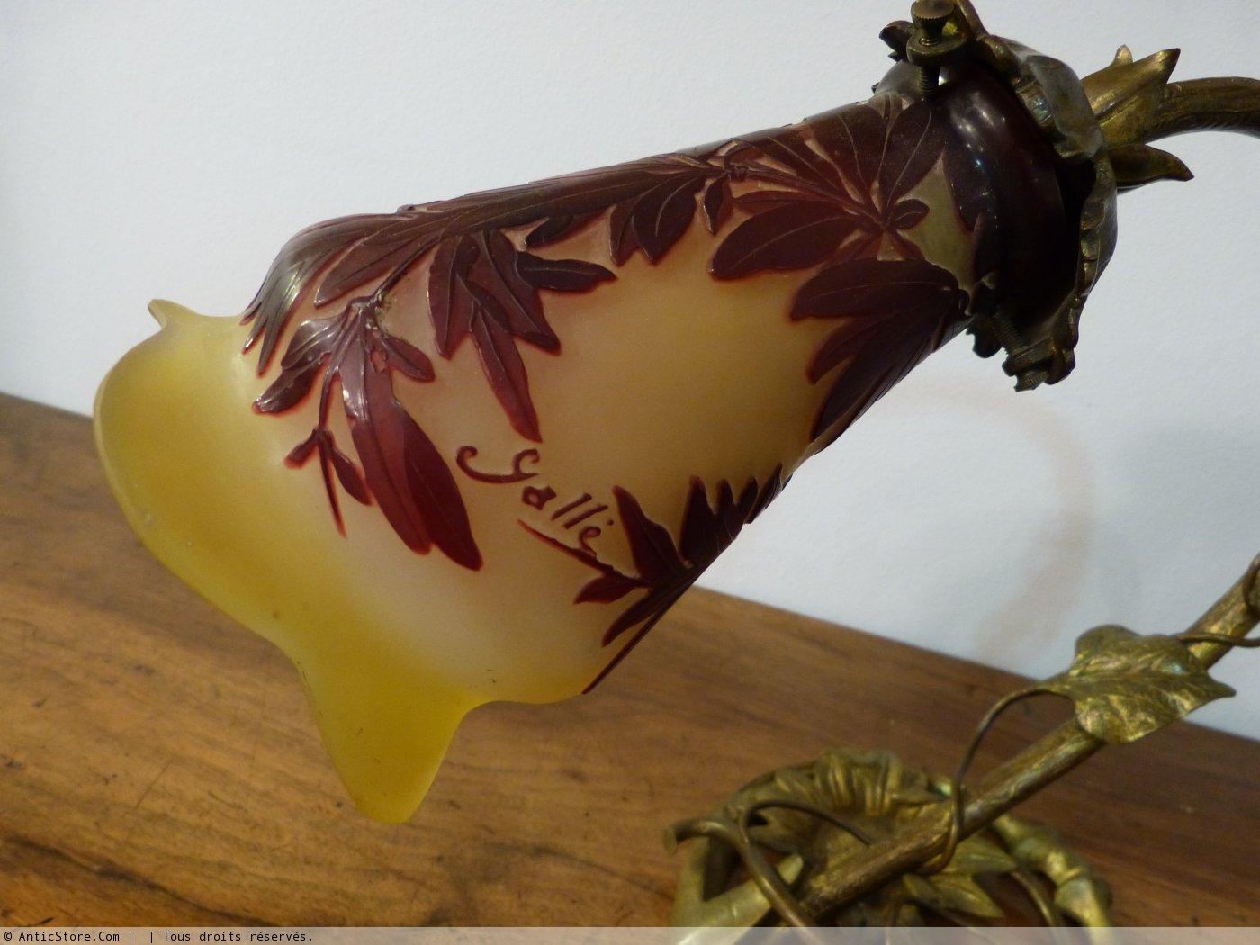 lampe emile gall verre grav lacide dun motif de fleurs - Lampe Sur Pied Fleur