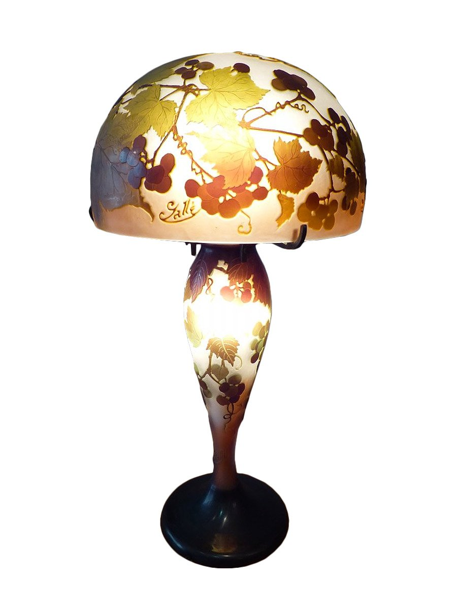 emile gall lampe champignon verre multicouche d cor de vigne xxe si cle. Black Bedroom Furniture Sets. Home Design Ideas