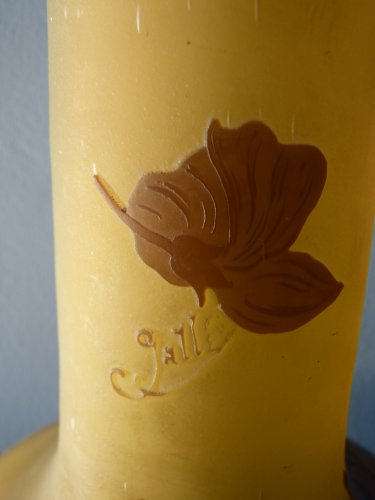 Emile Gallé - large vase Art Nouveau pattern of Glycine -