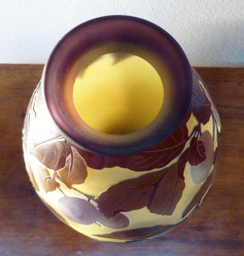 Emile Gallé, engraved glass plum vase -