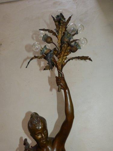 "Sculpture  - Large bronze lighting ""Nymph with thistles"" - François Laurent Rolard (1842-1912)"
