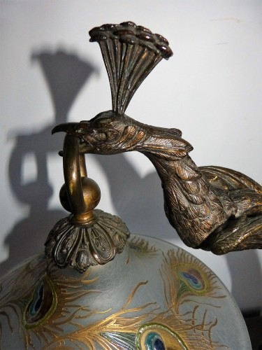 """Attributed to A. Rollet - Art Nouveau """"Peacock"""" lamp in bronze and enamelled glassware - Lighting Style Art nouveau"""