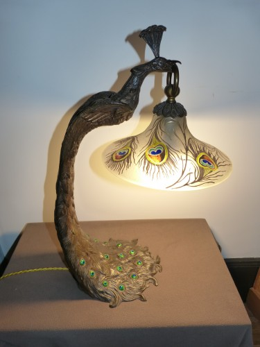 """Attributed to A. Rollet - Art Nouveau """"Peacock"""" lamp in bronze and enamelled glassware -"""
