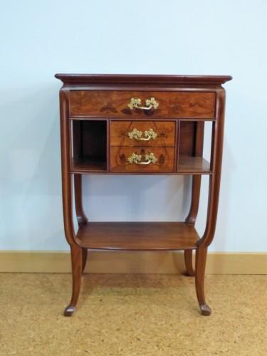 Louis Majorelle, small Art Nouveau console - Furniture Style Art nouveau