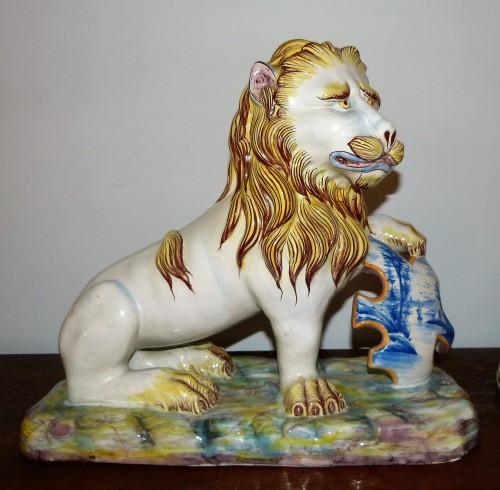 Porcelain & Faience  - Emile Gallé - Pair of earthenware lions