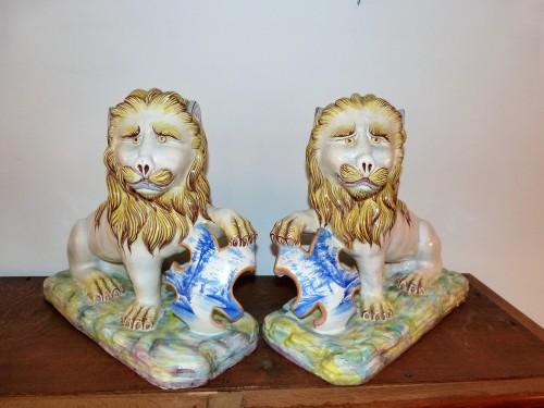 Antiquités - Emile Gallé - Pair of earthenware lions
